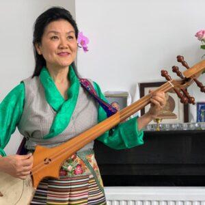 Tibetaanse artiest en zangeres Namgyal Lhamo trad op met prachtige Tibetaanse muziek