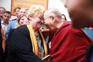 Erica Terpstra en His Holiness de Dalai Lama